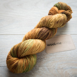 BFL Sock - Dragonfly in Amber